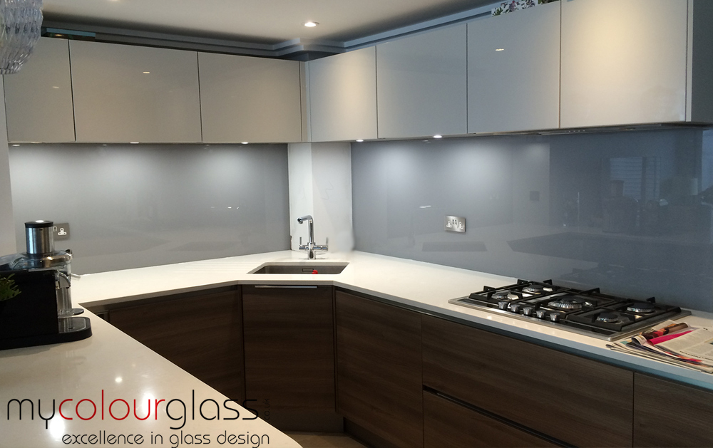 RAL 7004 glass splashback