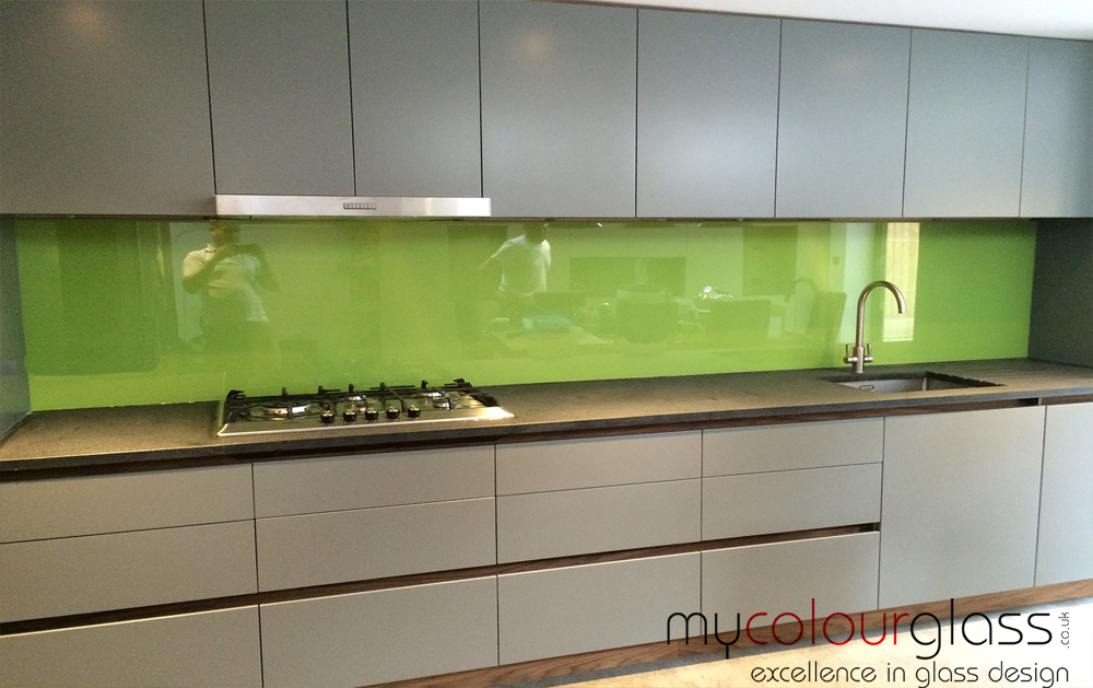 green splashbacks for kitchens kitchen glass splashbacks in uk at mycolourglass 4040