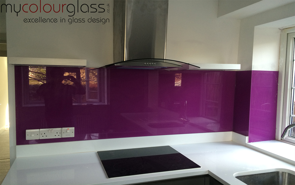 RAL4006 Glass splashback