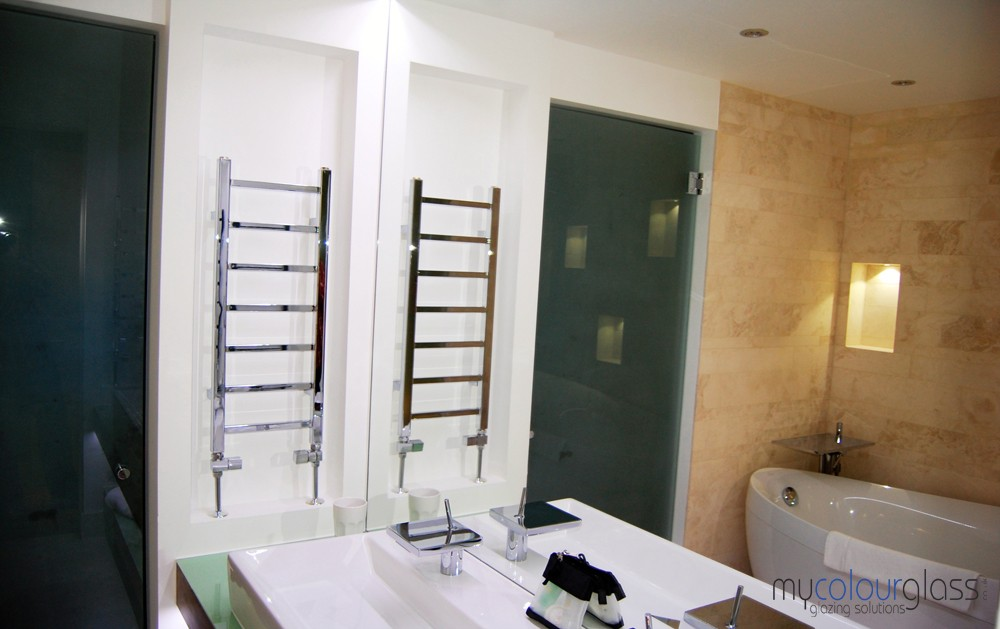 Bathroom mirror and RAL6019 glass worktop