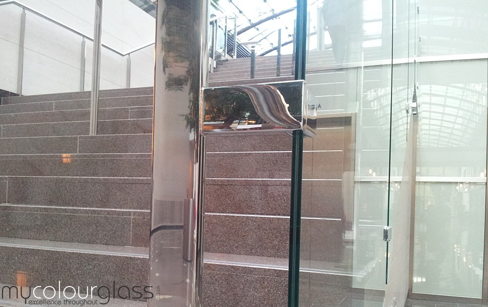 Commercial glass balustrades with laminated glass