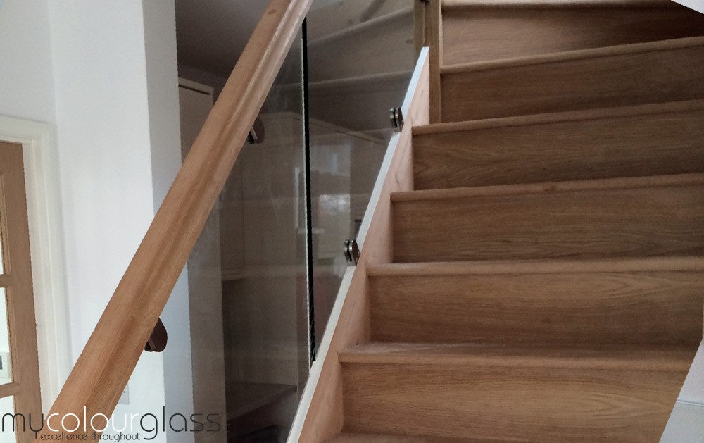 10mm Glass balustrade with glass clamps