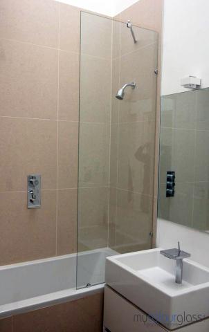 10mm Glass shower screen