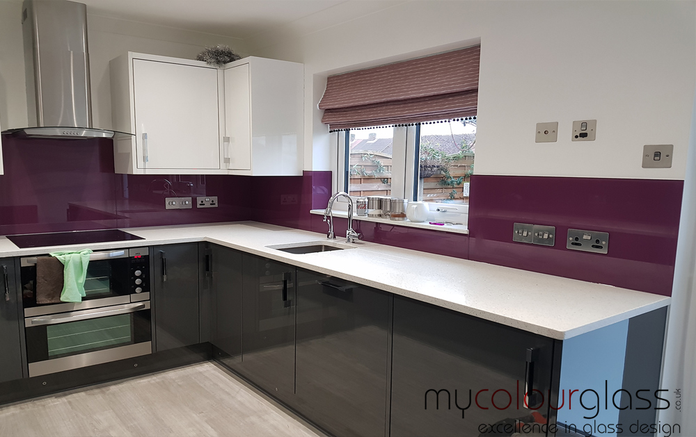 glass splashback kitchen uk