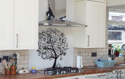 Printed glass splashback kitchen