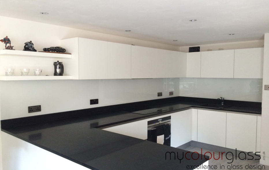 kitchen glass splashback