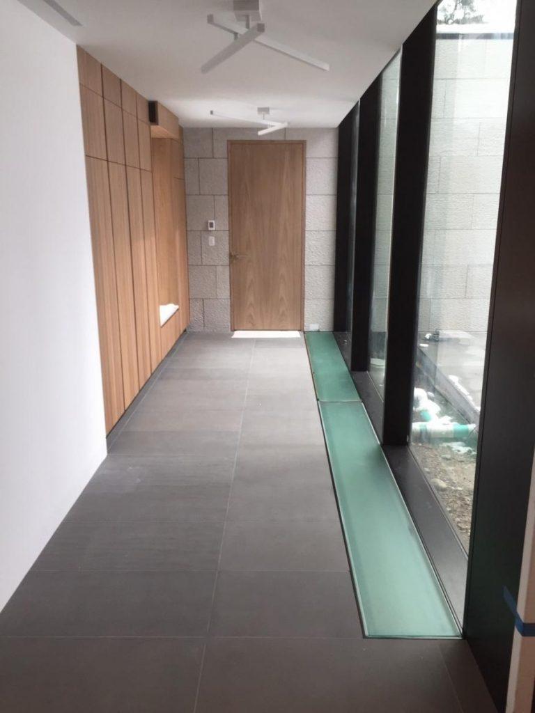 walk on glass floor